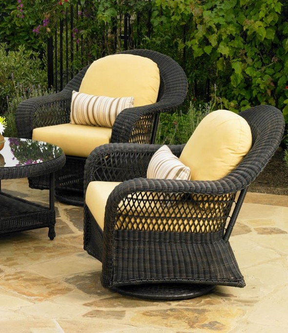 High Quality Charleston Swivel Rocker